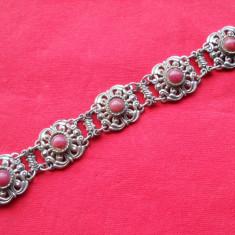 Splendida si Veche Bratara lucrata manual Eleganta Vintage