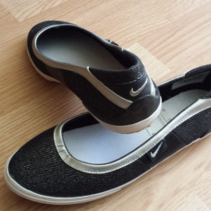 Balerini Nike - Balerini dama Nike, Culoare: Argintiu, Negru, Marime: 36.5, 38, 38.5, Argintiu, Marime: 38