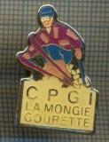 1076 INSIGNA DE SKI -CPG LA MONGIE GOURETTE -FRANTA -starea ce se vede.