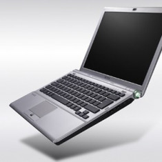 Vand Laptop Sony VAIO cu procesor Intel(R) Core(TM)2 Duo CPU, Intel Core 2 Duo, 4 GB, Windows Vista