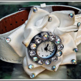 AuX: Superb CEAS fashion de dama marca YB Quartz, imitatie de piele si material textil cu tinte, necesita baterie ca sa functioneze, nu l-am testat! - Ceas dama, Elegant, Inox, Piele - imitatie, Analog