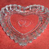 Scrumieră in formă de inimă