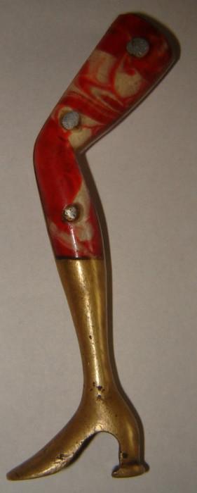 Deschizator capace de colectie Picor De Dama in Cizma