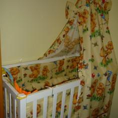 Patut din lemn, dotat cu doua saltele, lenjerie si baldachin - Patut lemn pentru bebelusi, 120x60cm, Alb