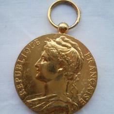 """Medalie aurita Franta Ministere du Travail """"Honneur Travail """" gravor A.Borrel"""