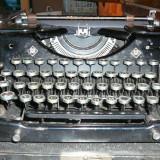 Masina de scris Mercedes-manuala, antica
