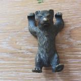 Ursulet veche figurina de bronz