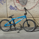 Vând bicicletă BMX Univega King albastră, stare excelentă, 20 inch, Numar viteze: 1, Otel, Albastru