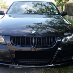 Dezmembrez  BMW  E 90 seria 3 --320 d