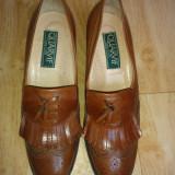 Pantofi din piele marimea 39,5,arata impecabil!