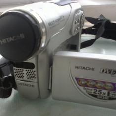 Camera Video Hitachi fabricata in Japonia arata si functioneaza excelent stocare pe mini dvd si card sd se vinde impreuna cu incarcator, acumulator si husa