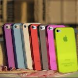 Carcasa Spate Skin Hard Back Case Pentru Iphone 4 si Iphone 4S Diferite Modele - Foarte Subtire si Calitate Foarte Buna, Plastic, Apple