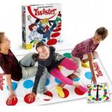 Joc de societate Twister ideal pentru distractie