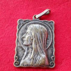 Frumos si Foarte Vechi Medalion Pandativ Fecioara Maria Mignon si Finut - Icoana din metal