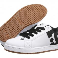 Pantofi sport barbati 592 DC Court Graffik | 100% originali | Livrare cca 10 zile lucratoare | Aducem pe comanda orice produs din SUA - Adidasi barbati Dc Shoes