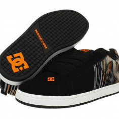 Pantofi sport barbati 588 DC Court Graffik SE | 100% originali | Livrare cca 10 zile lucratoare | Aducem pe comanda orice produs din SUA - Adidasi barbati Dc Shoes