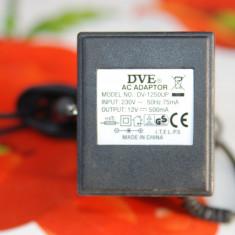 Alimentator DVE DV-1250VP- 230V - 12V/1.5A