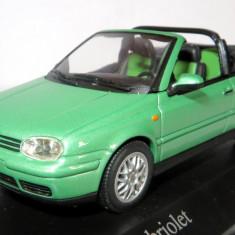 Minichamps VW Golf cabriolet 1999 cosmic green 1:43