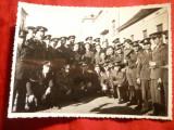 Fotografie- Grup Militari  pe o strada din  Resita 1935