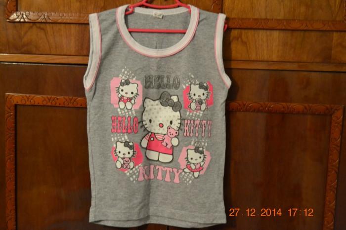 Costumas Hello Kitty gri