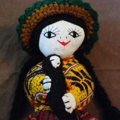 DD- Papusa etno  imbracaminte folclorica traditionala Peru America latina, 31 cm