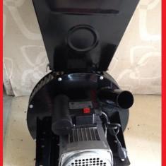 Moara cu Ciocanele 2 in 1 UCRAINA-Motor 2.5 KW-600 kg pe ora/LIVRARE GRATUITA!!!