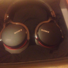 Căști Sony MDR-1R, Casti On Ear, Cu fir, Mufa 3, 5mm, Active Noise Cancelling