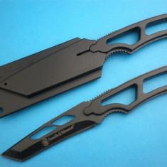 CUTIT Smith&Wesson NECK KNIFE. Lama Inox INSERIATA. SMITH and WESSON. - Briceag/Cutit vanatoare Smith&wesson, Cutit de purtat la gat