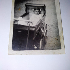 Fotografie carucior vechi pentru copii