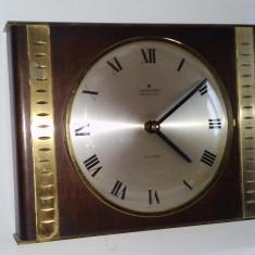 Ceas vintage de perete Junghans electronic Ato - Mat, anii '60