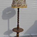 Lampadar francez