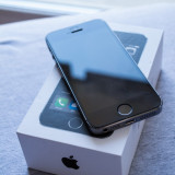 iPhone 5S Apple 16GB Space Grey Neverlocked, Gri, Neblocat