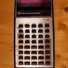 CALCULATOR VECHI, TEXAS TI-30 NU FUNCTIONEAZA . - Calculator Birou