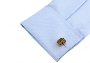Butoni camasa model deosebit material foarte bun + cutie cadou