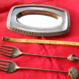 Minunata si Vechi Set Aperitiv format din Lingurita Furculita si Tava Mica Marin - Argint, Tacamuri
