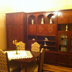 Vand sufragerie cu masa si sase scaune - Set mobila living