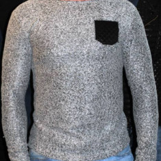 Pulover pulovere barbati cu petice la cot Bluze model primavara 2015 - Pulover barbati, Marime: M, L, XL, XXL, Culoare: Din imagine, La baza gatului, Bumbac