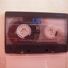 Vand caseta audio Sony UX 80, originala, raritate!