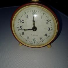 Ceas de masa desteptator mecanic rusesc