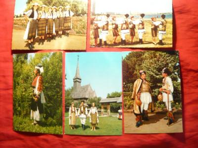 Set 8 Ilustrate - Port si Dansuri Populare Romanesti diferite zone foto