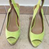 Sandale ZARA,verde neon,super comode,mar.39!!