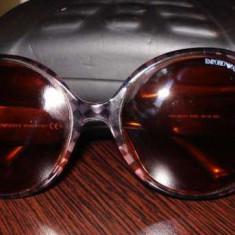 Ochelari de soare originali Emporio Armani dama pachet complet - Ochelari de soare Emporio Armani, Femei, Maro, Rotunzi, Protectie UV 100%, Fotocromatice