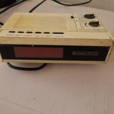 RADIO CU CEAS TRISTAR UR 4501 - Aparat radio