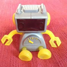 Jucarie McDonalds 2002 Robot /robotel Sega Toy 2000 Tiger Electronics, 2 fete - Roboti de jucarie