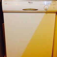 Masina de spalat vase Whirlpool, Incorporabil