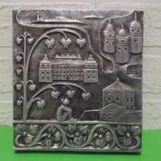 PLACA DECORATIVA din aluminiu turnat, basorelief in stil medieval - Metal/Fonta