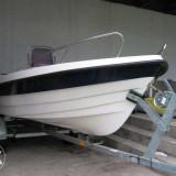 Barca de pescuit si peridoc pret negociabil - Barca Pescuit