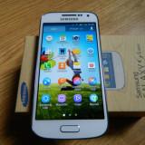 Samsung Galaxy S4 alb - Telefon mobil Samsung Galaxy S4, Neblocat