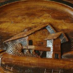Sculptura lemn peisaj de munte cu cabana - semnata - piesa veche de colectie !!