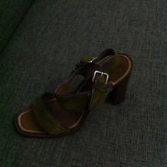 SANDALE PRADA DIN PIELE, KAKI, STARE FOARTE BUNA - Sandale dama Prada, Piele intoarsa